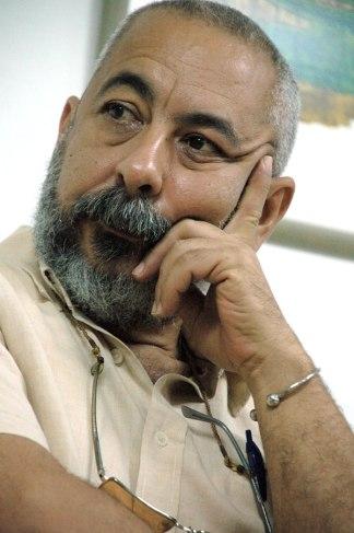 Leonardo Padura. Fuente: http://jovencuba.com/2012/05/21/respuesta-de-leonardo-padura-a-hugo-chinea/